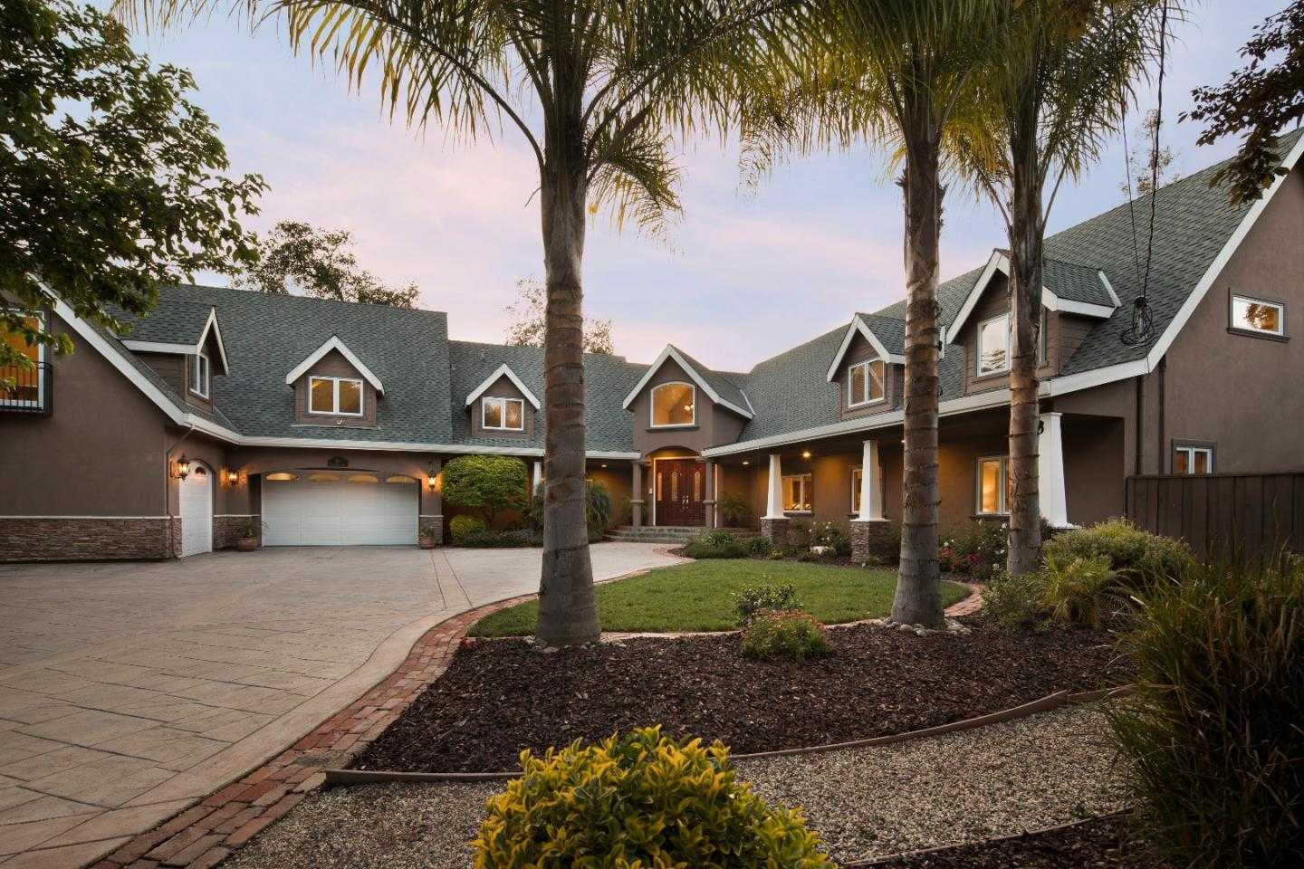 $3,250,000 - 6Br/7Ba -  for Sale in Campbell