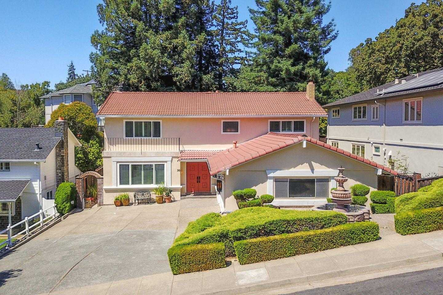 $2,099,995 - 3Br/3Ba -  for Sale in Redwood City