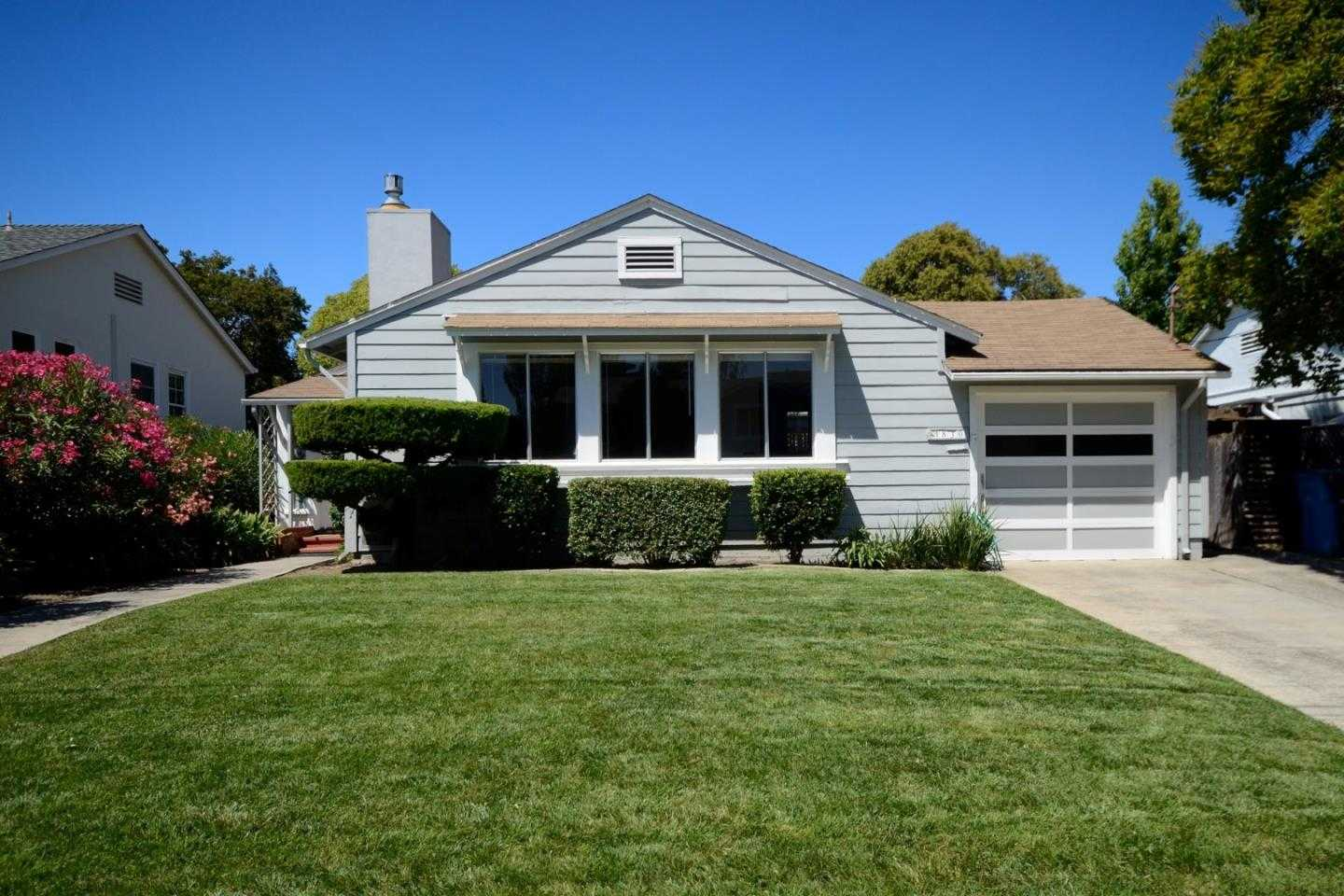 1830 Robin Whipple Way Belmont, CA 94002