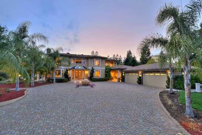 $7,895,000 - 8Br/10Ba -  for Sale in Saratoga