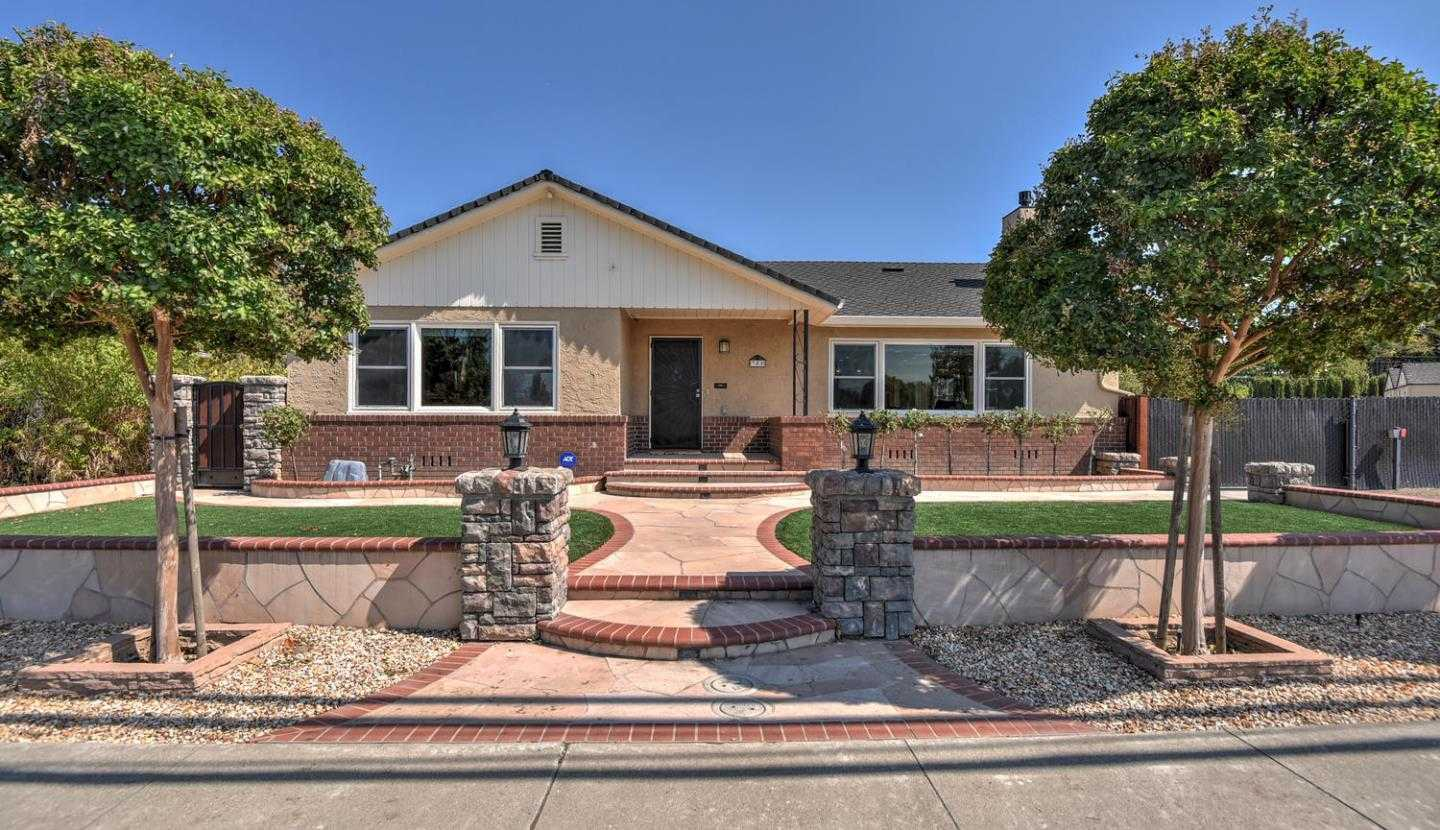 $1,538,888 - 3Br/2Ba -  for Sale in Campbell
