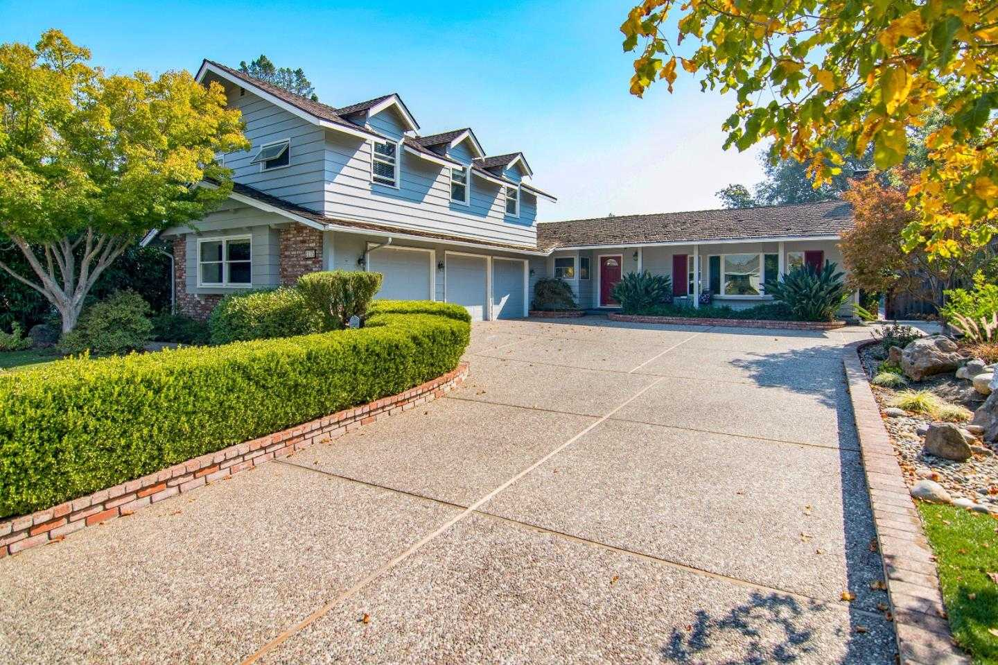 $3,398,000 - 5Br/3Ba -  for Sale in Menlo Park