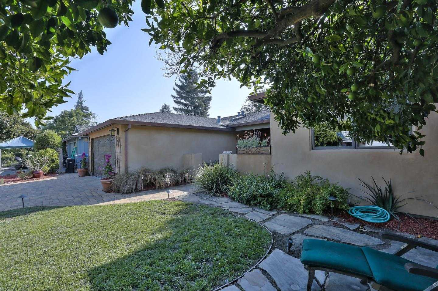 $2,298,000 - 3Br/2Ba -  for Sale in Mountain View