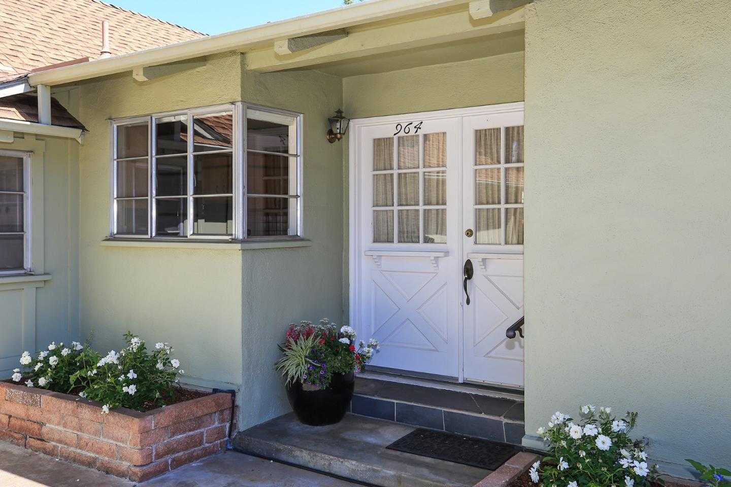 964 Saint Joseph AVE LOS ALTOS, CA 94024