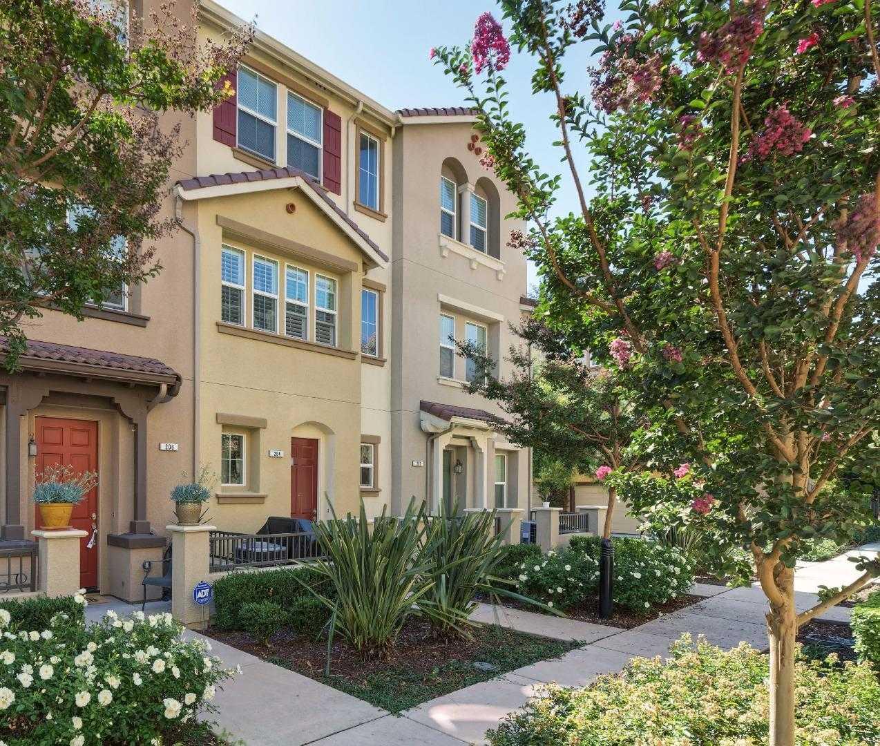 204 Sullivan Way Hayward, CA 94541