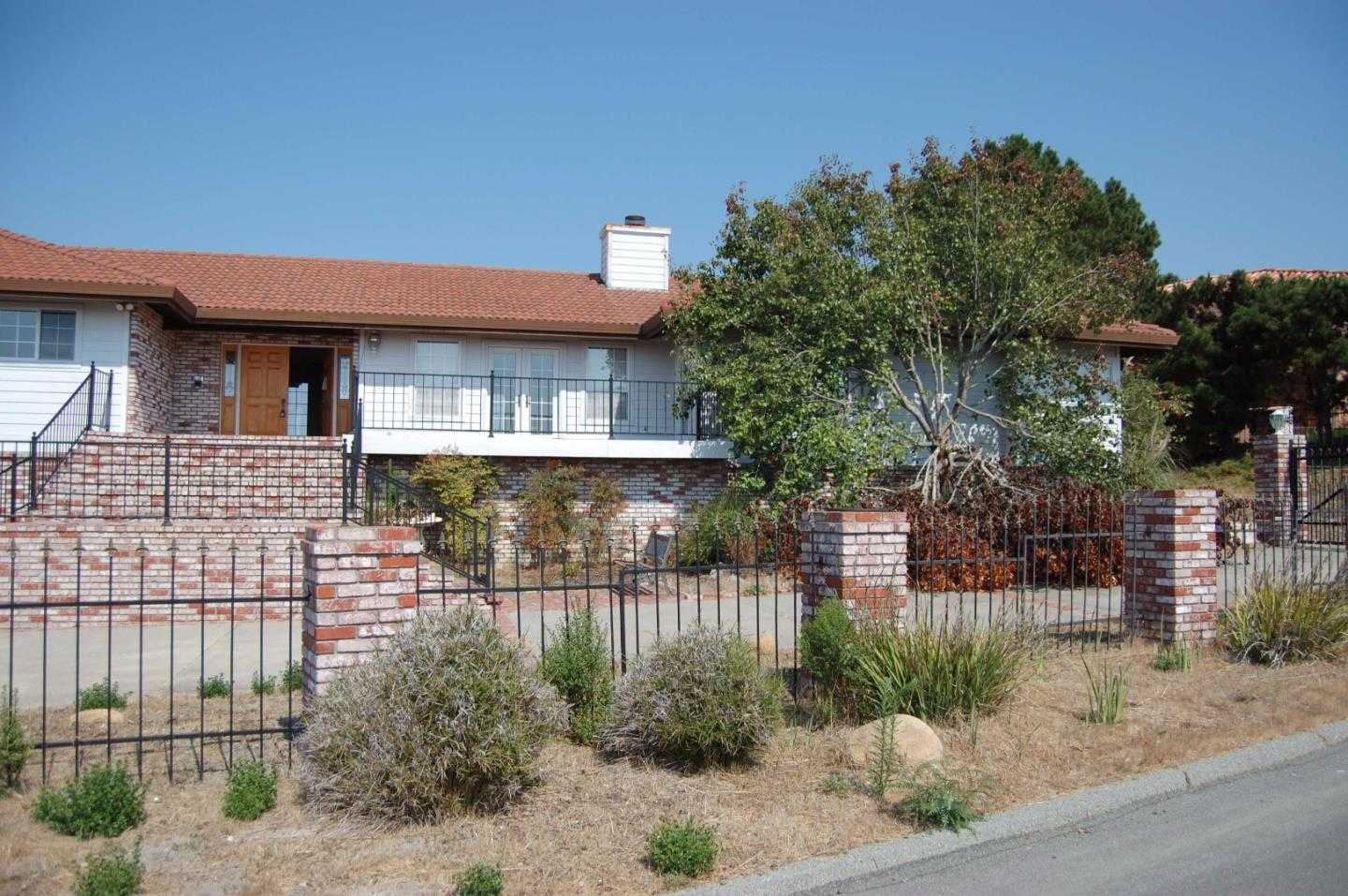 $1,450,000 - 5Br/4Ba -  for Sale in Monterey