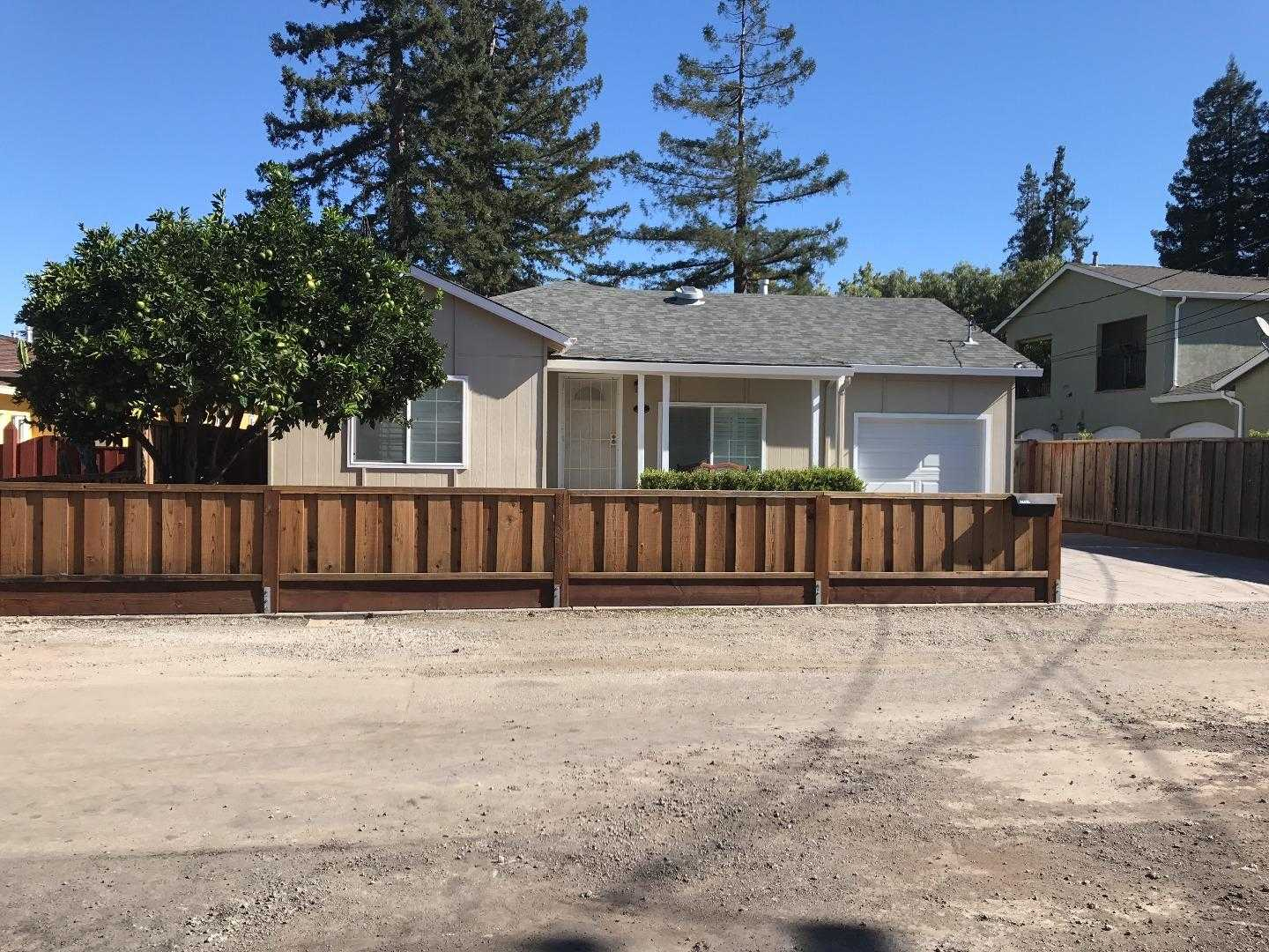 $1,350,000 - 3Br/2Ba -  for Sale in Redwood City