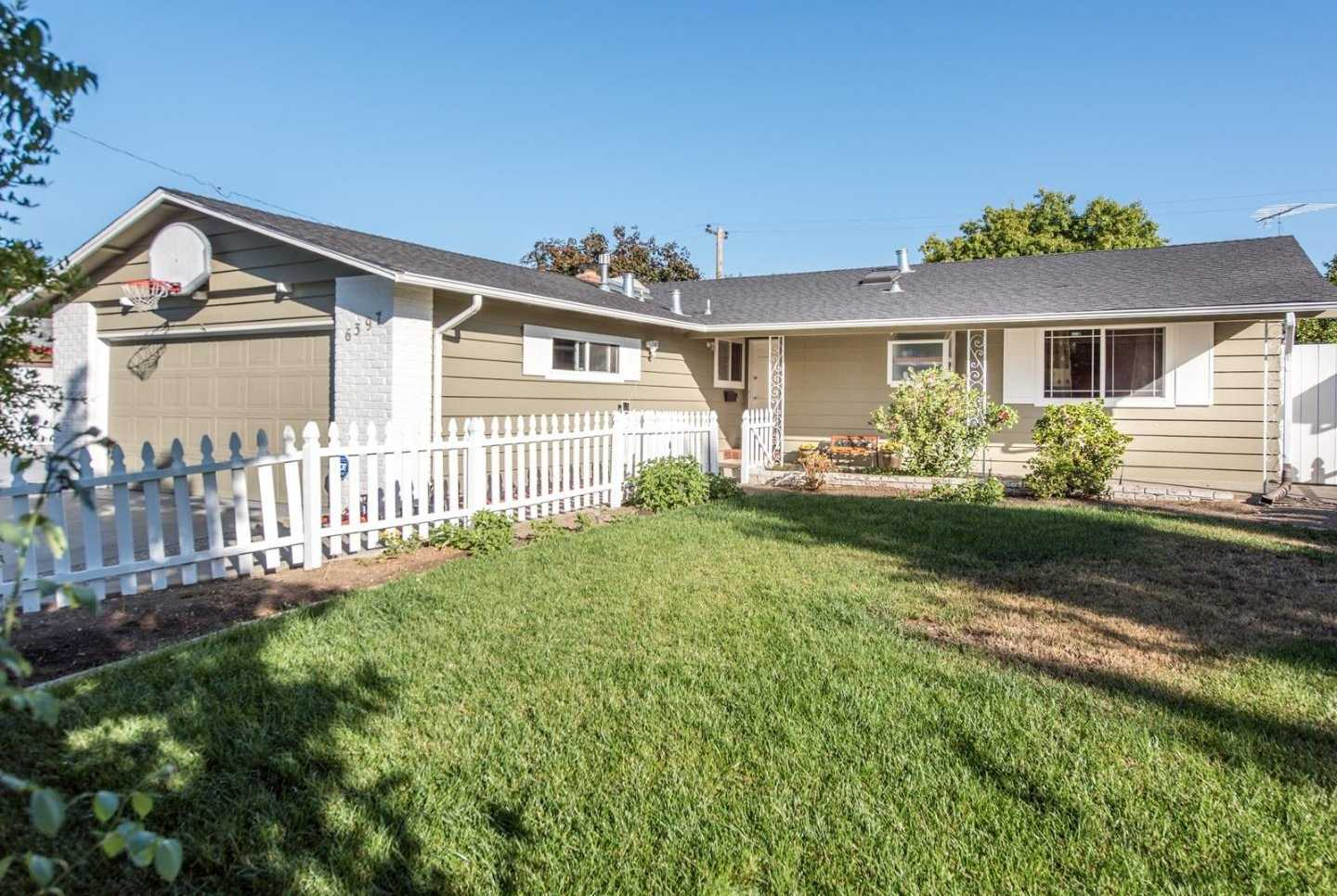 $1,598,000 - 4Br/2Ba -  for Sale in Cupertino
