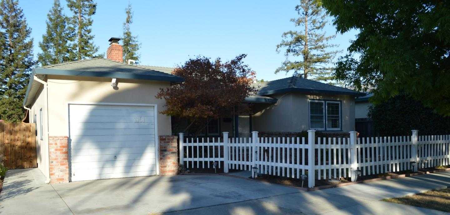 $1,398,000 - 3Br/2Ba -  for Sale in Redwood City