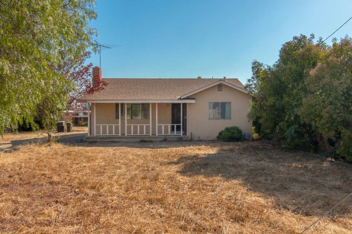 $1,025,000 - 2Br/1Ba -  for Sale in Campbell