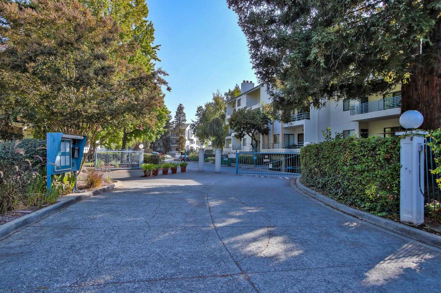 $818,000 - 2Br/2Ba -  for Sale in San Jose
