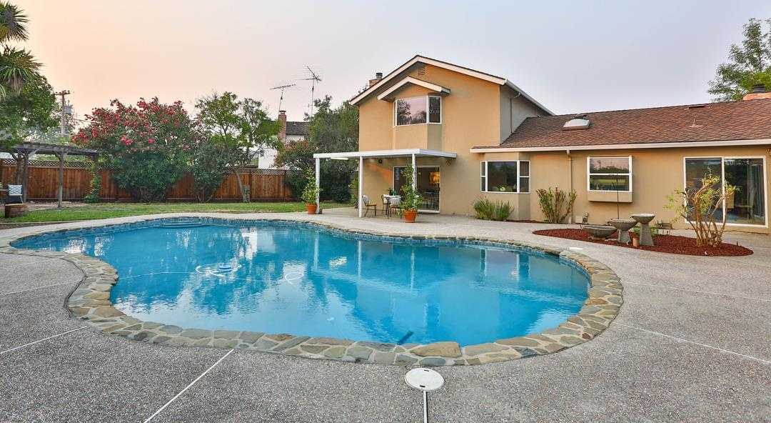 $1,968,000 - 4Br/3Ba -  for Sale in Cupertino