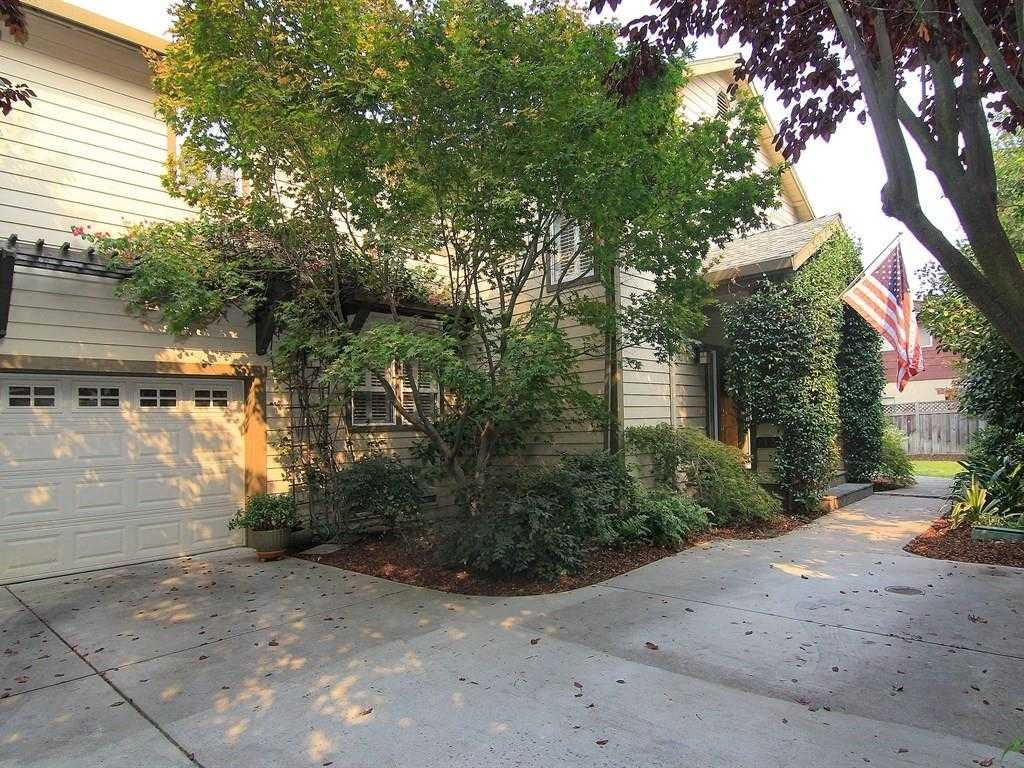 $1,998,000 - 4Br/3Ba -  for Sale in Mountain View