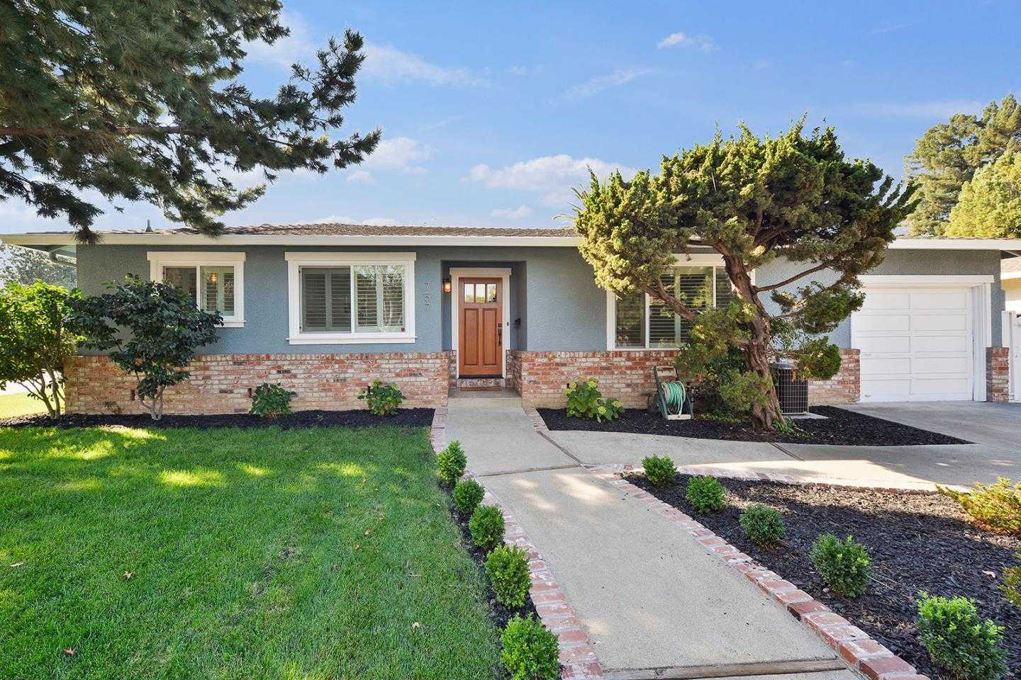 $1,088,000 - 2Br/2Ba -  for Sale in Mountain View