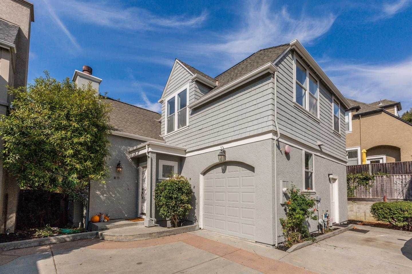 $909,000 - 3Br/3Ba -  for Sale in Santa Cruz
