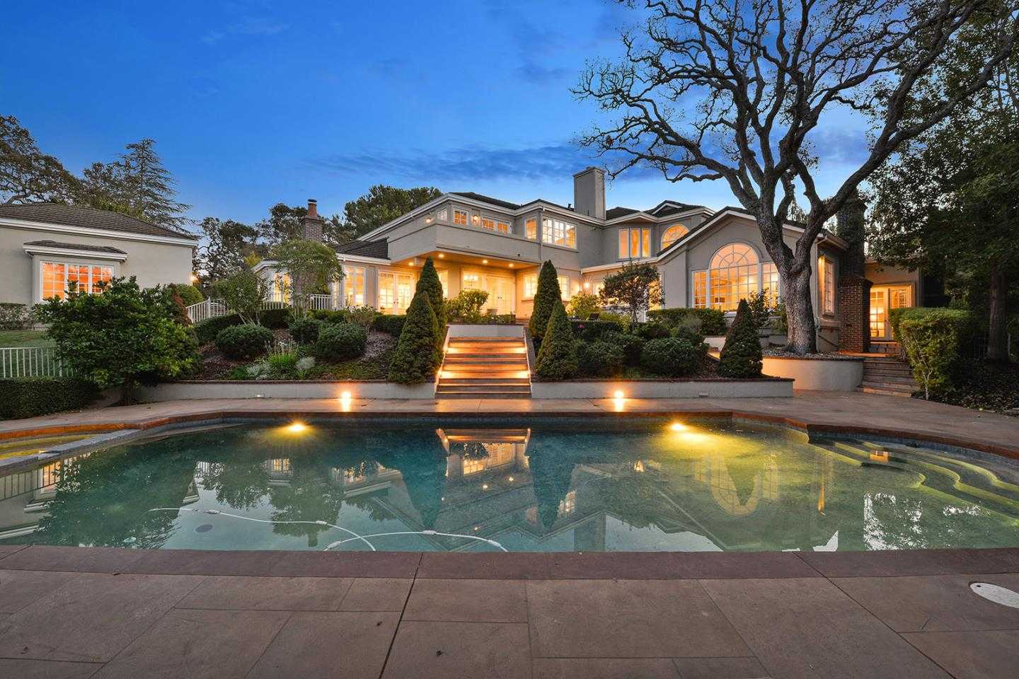 $7,290,000 - 6Br/6Ba -  for Sale in Los Altos Hills