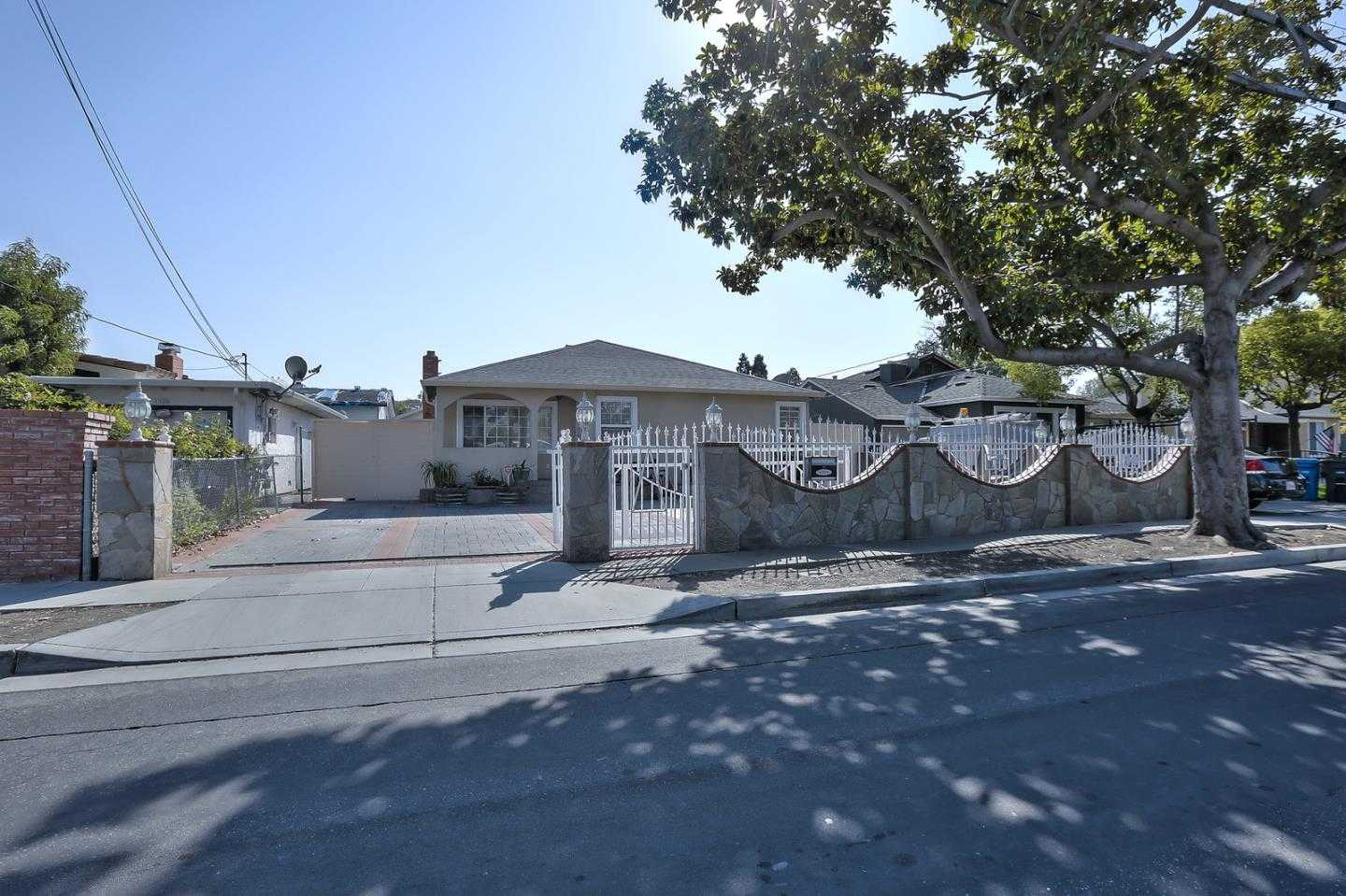 $1,149,000 - 4Br/2Ba -  for Sale in Menlo Park