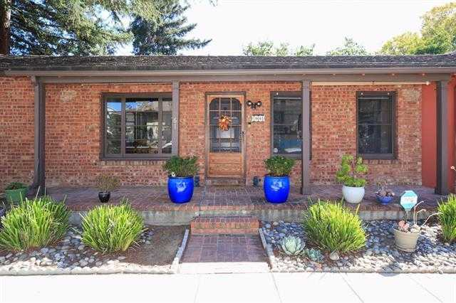 $2,695,000 - 3Br/3Ba -  for Sale in Mountain View