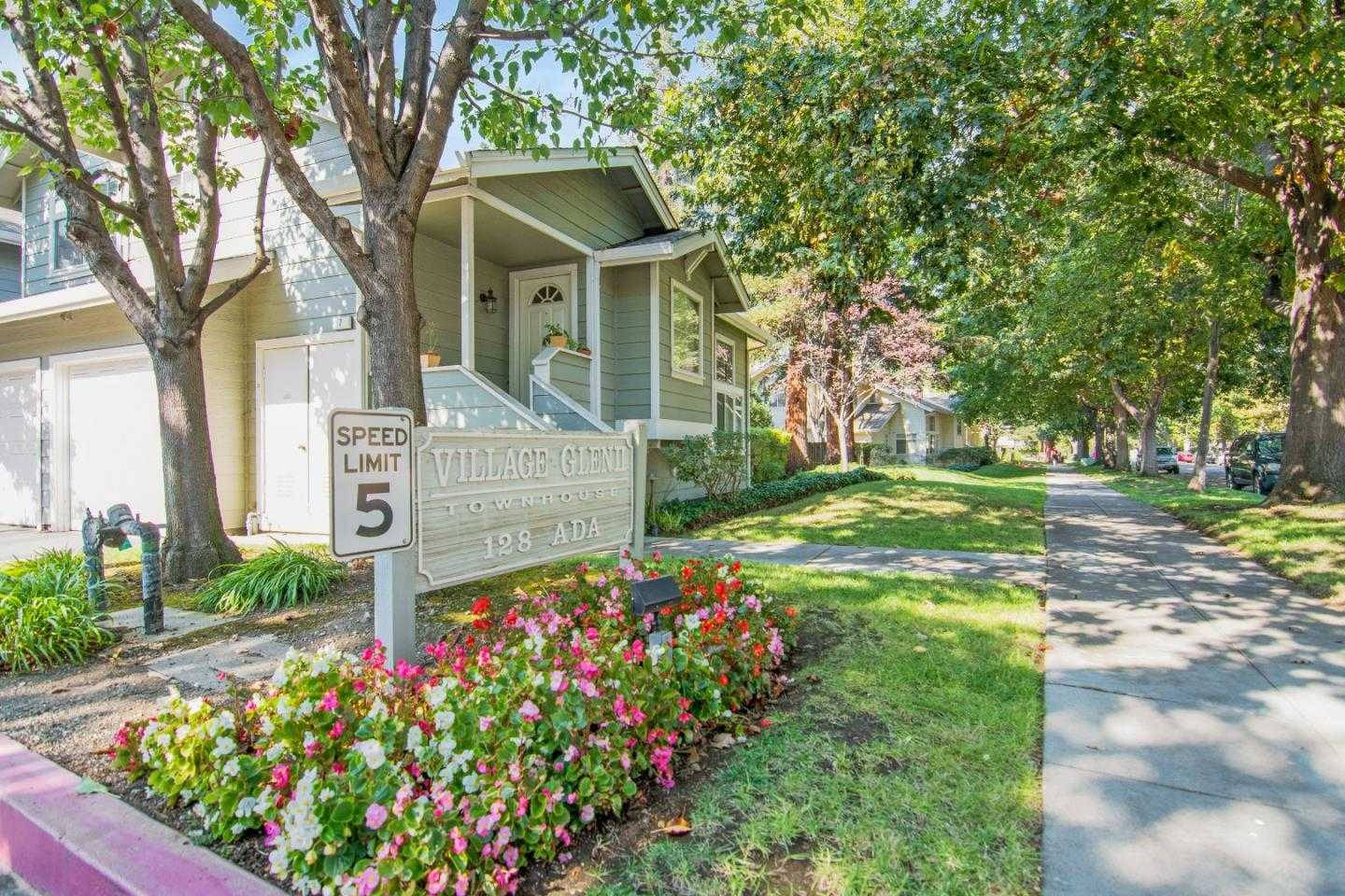 $1,250,000 - 3Br/3Ba -  for Sale in Mountain View