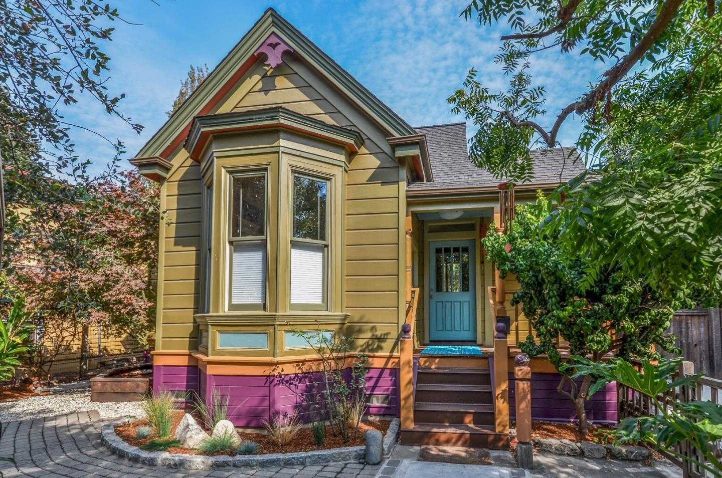 $1,149,500 - 4Br/2Ba -  for Sale in Santa Cruz