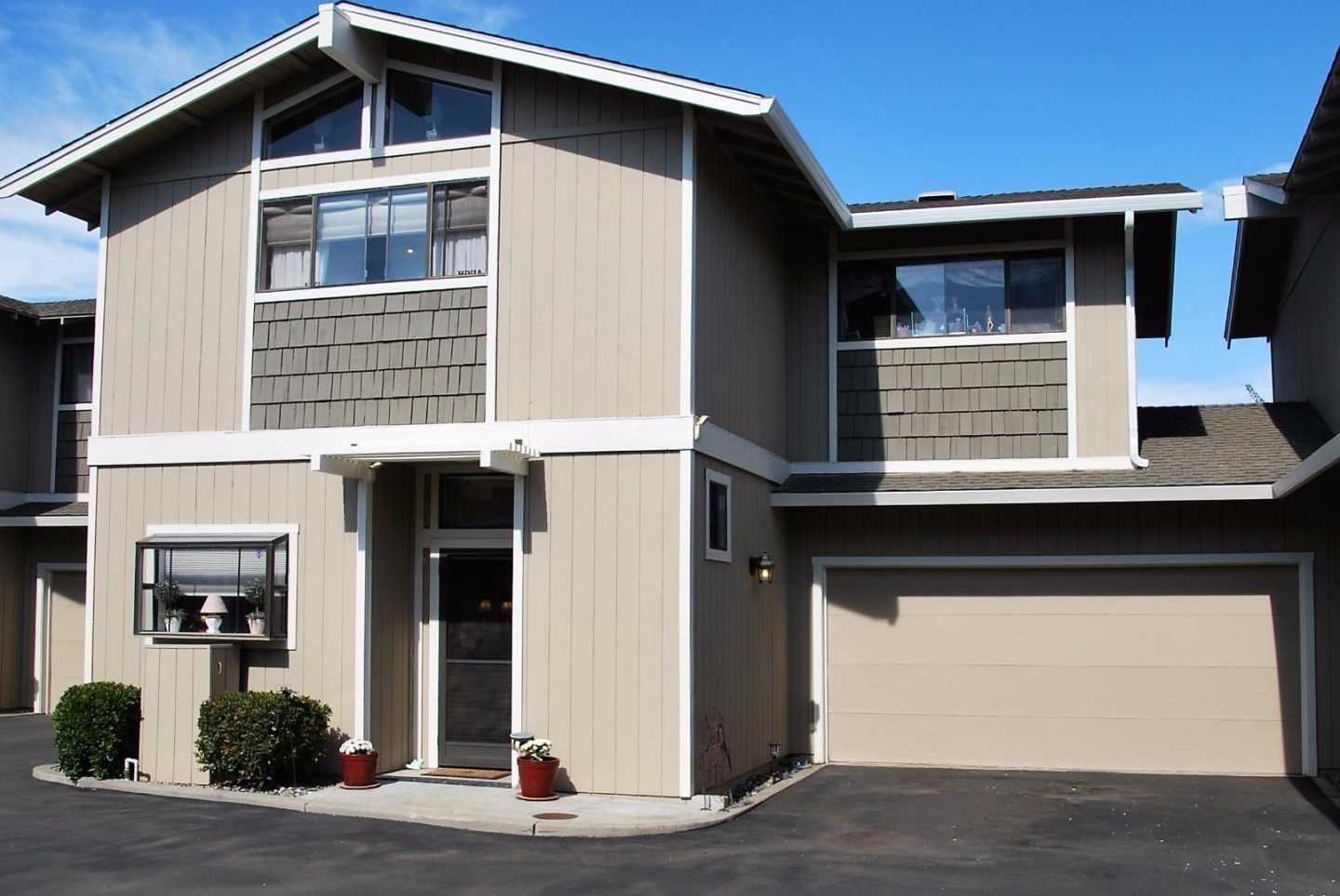 $442,000 - 2Br/2Ba -  for Sale in Salinas