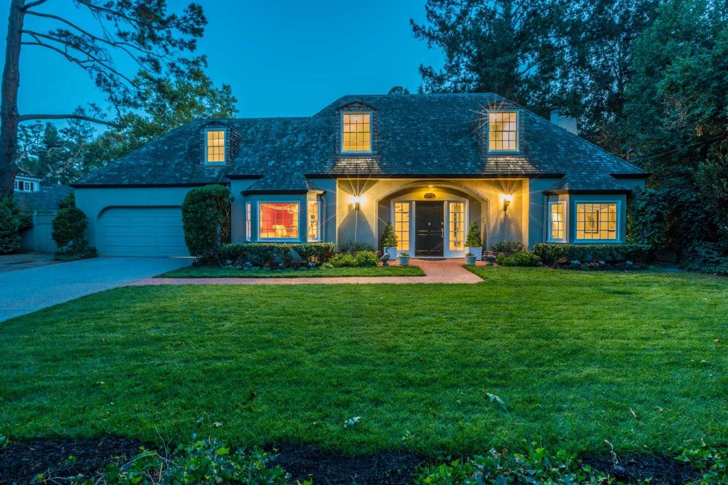$4,098,000 - 5Br/5Ba -  for Sale in Saratoga
