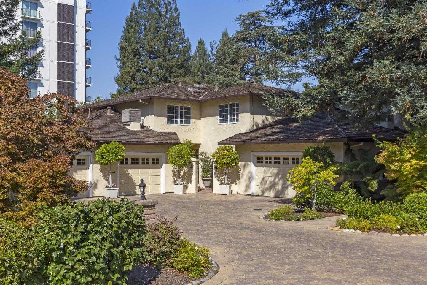 $2,995,000 - 4Br/3Ba -  for Sale in Menlo Park