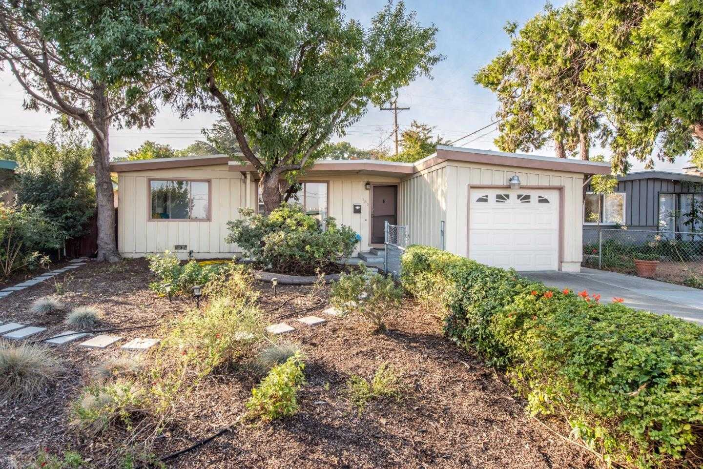 $998,000 - 3Br/2Ba -  for Sale in Sunnyvale
