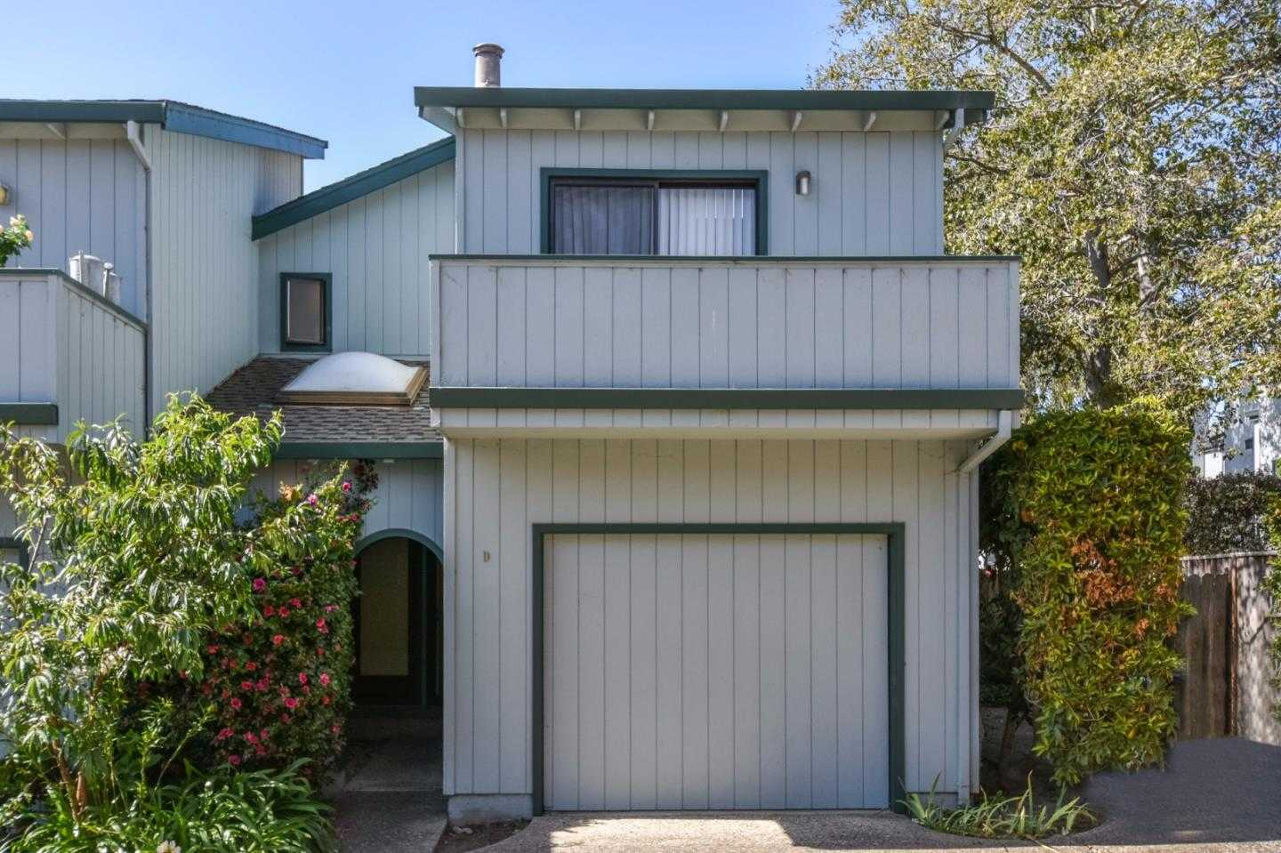 $660,000 - 3Br/3Ba -  for Sale in Capitola