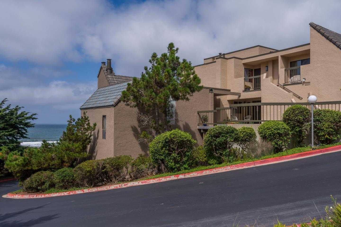 465 Roberts RD PACIFICA, CA 94044