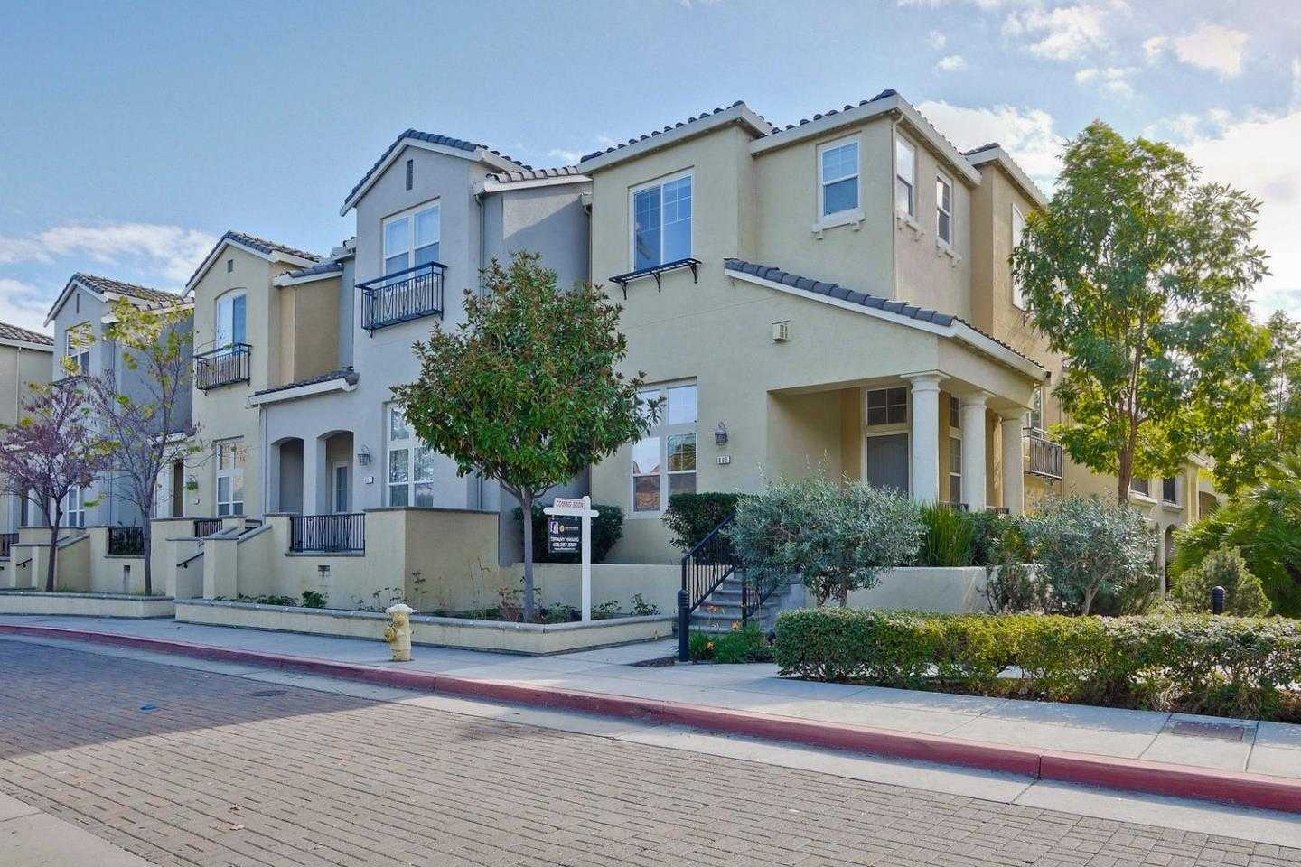 $1,659,000 - 4Br/4Ba -  for Sale in Cupertino