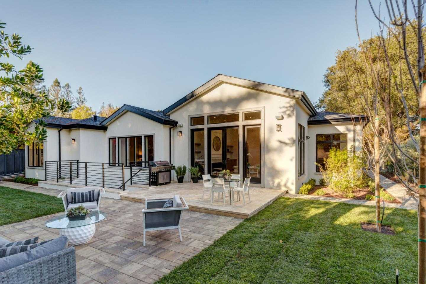 $5,998,000 - 4Br/6Ba -  for Sale in Menlo Park