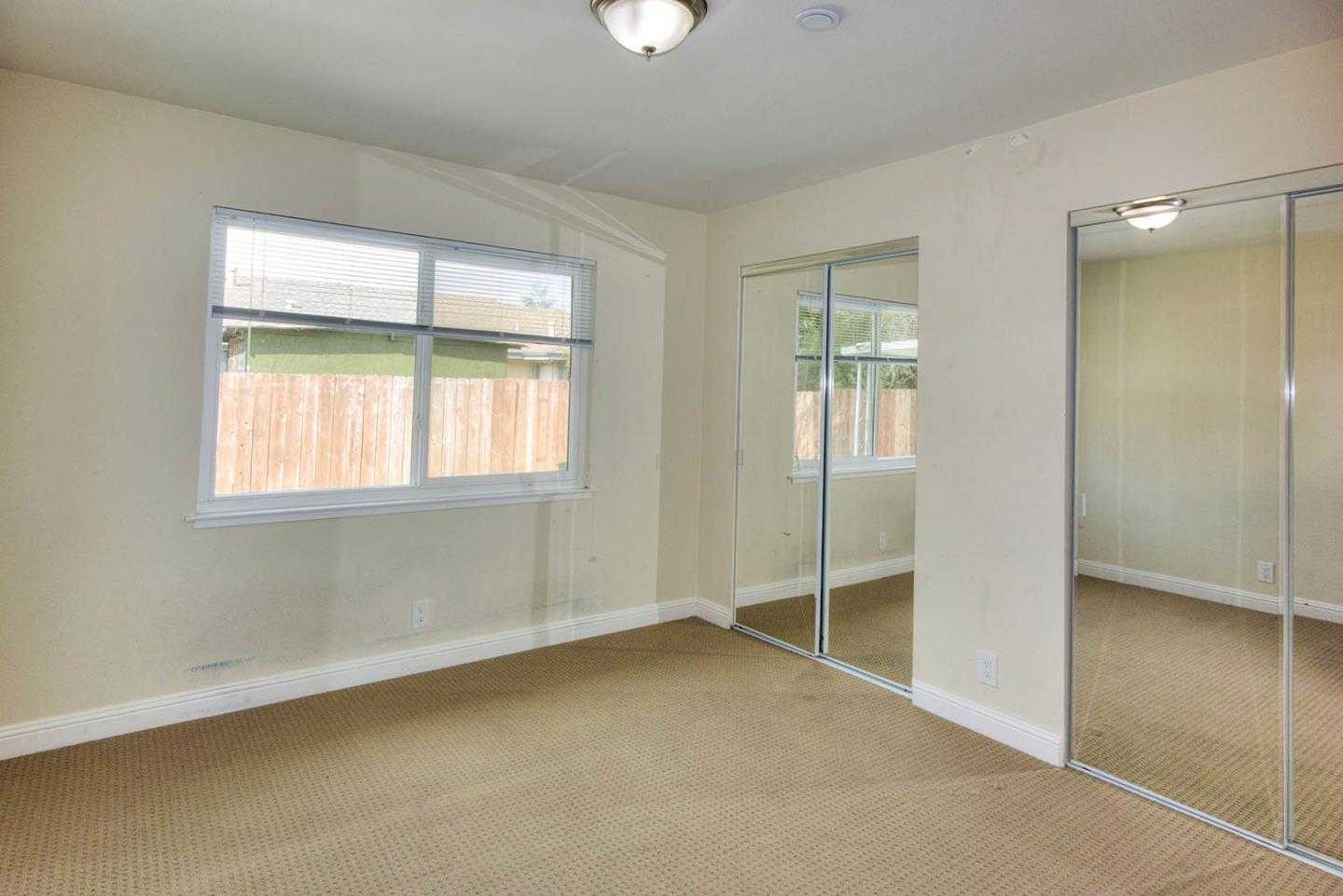 $1,688,000 - 5Br/3Ba -  for Sale in East Palo Alto