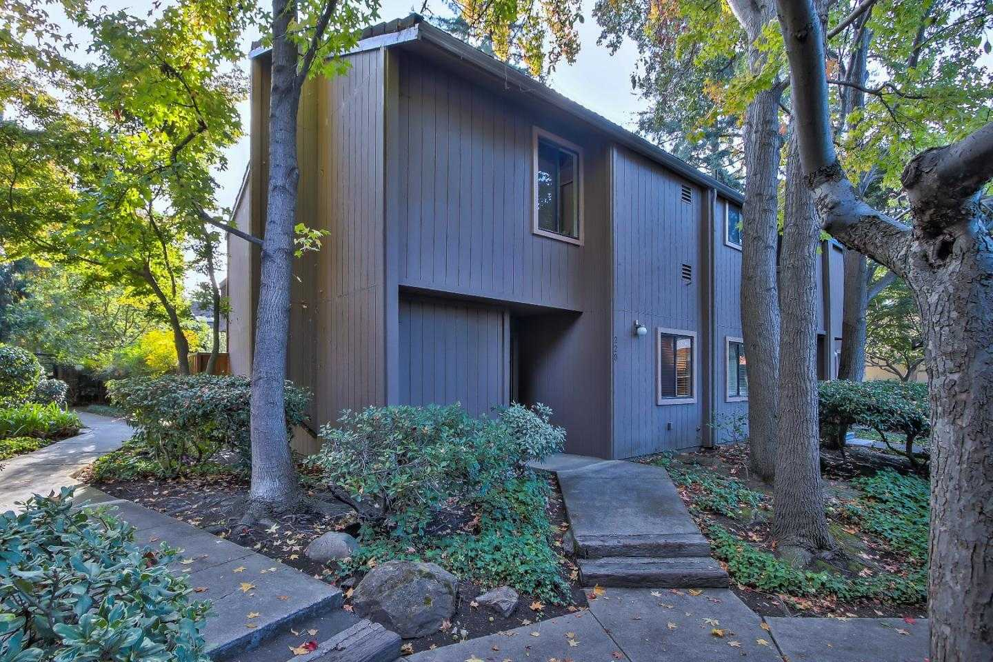 $1,250,000 - 3Br/2Ba -  for Sale in Mountain View