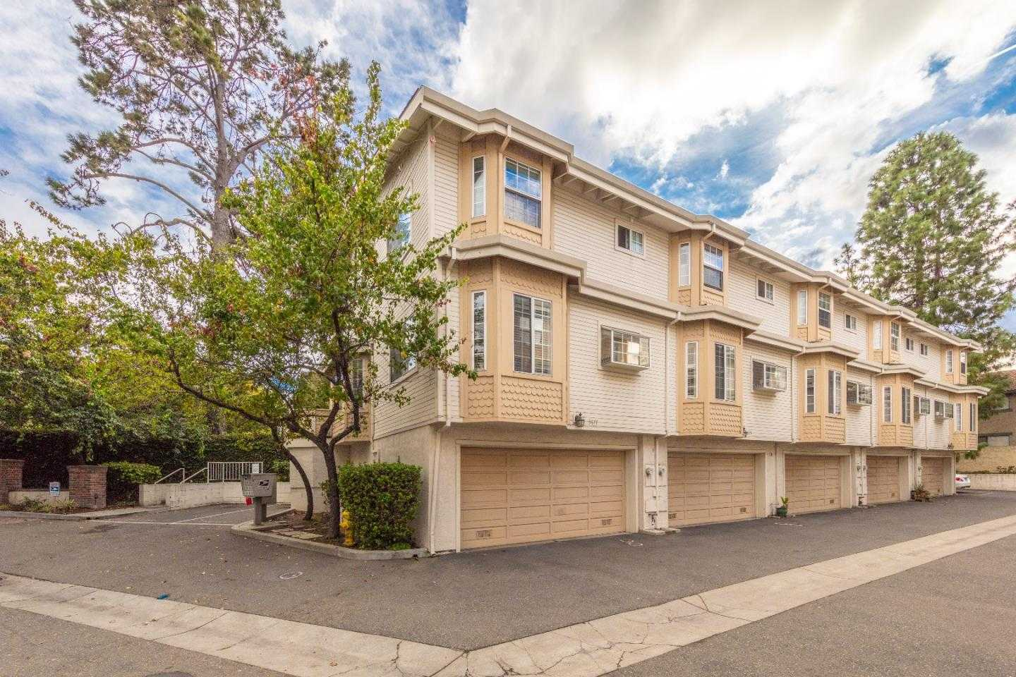 $759,900 - 2Br/3Ba -  for Sale in Campbell