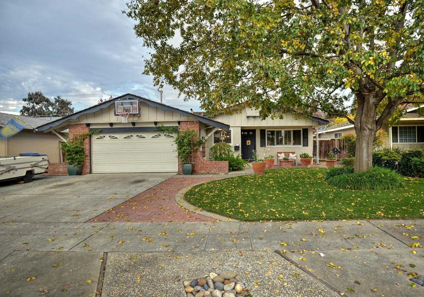 $1,450,000 - 3Br/2Ba -  for Sale in Campbell