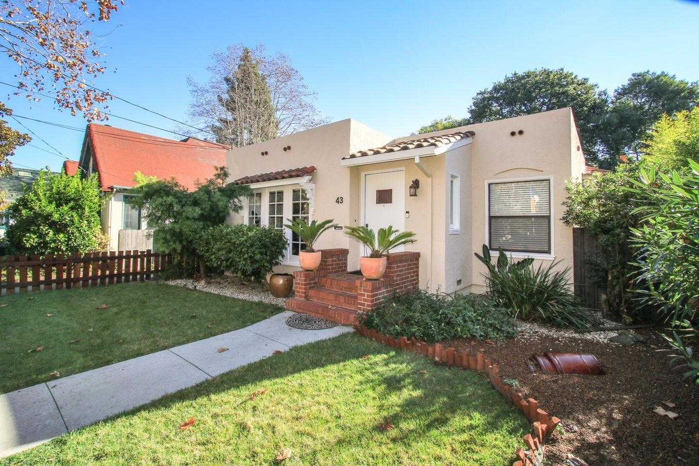 $1,575,000 - 3Br/2Ba -  for Sale in Redwood City