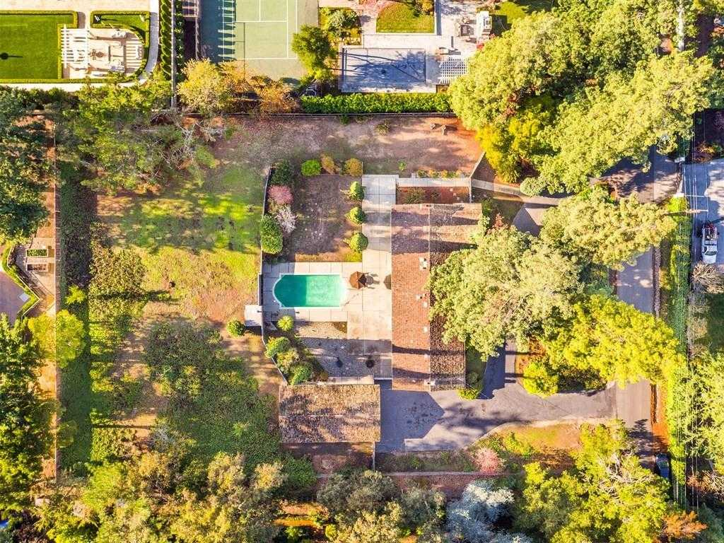 $9,995,000 - 3Br/3Ba -  for Sale in Atherton