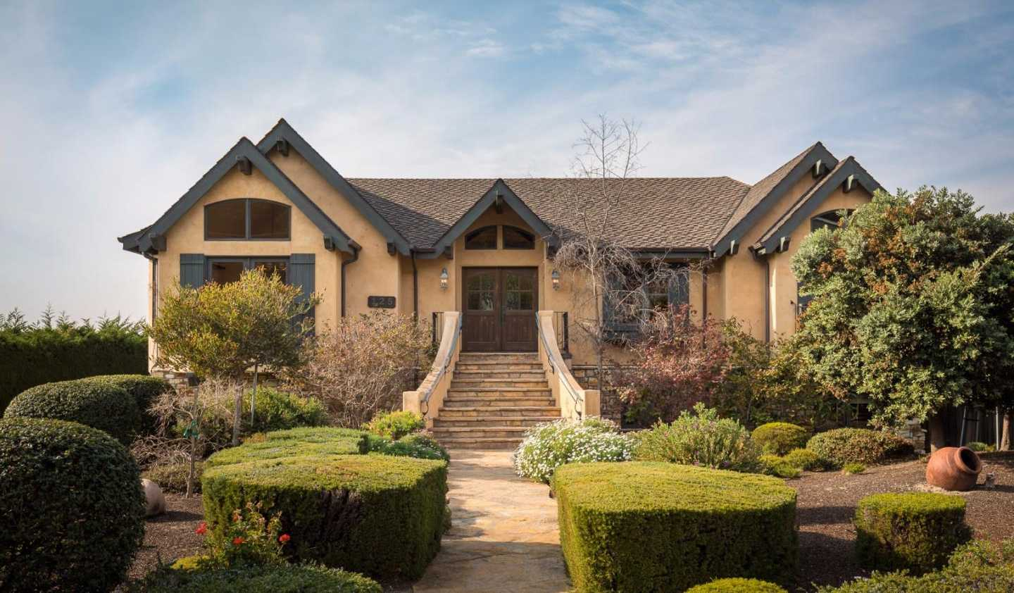 $3,500,000 - 5Br/4Ba -  for Sale in Carmel
