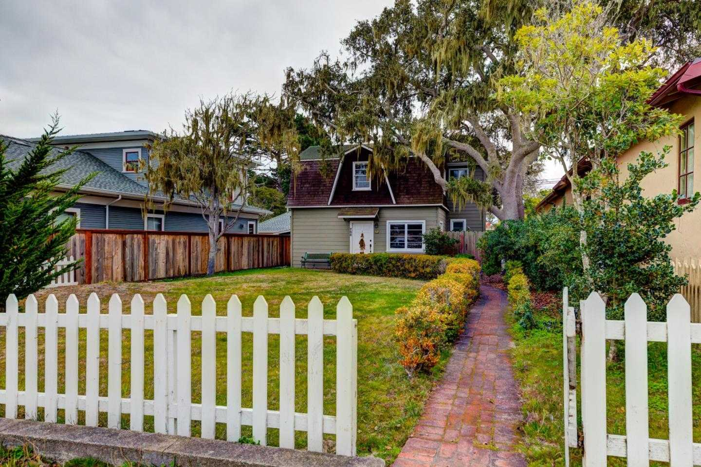 $885,000 - 3Br/3Ba -  for Sale in Pacific Grove
