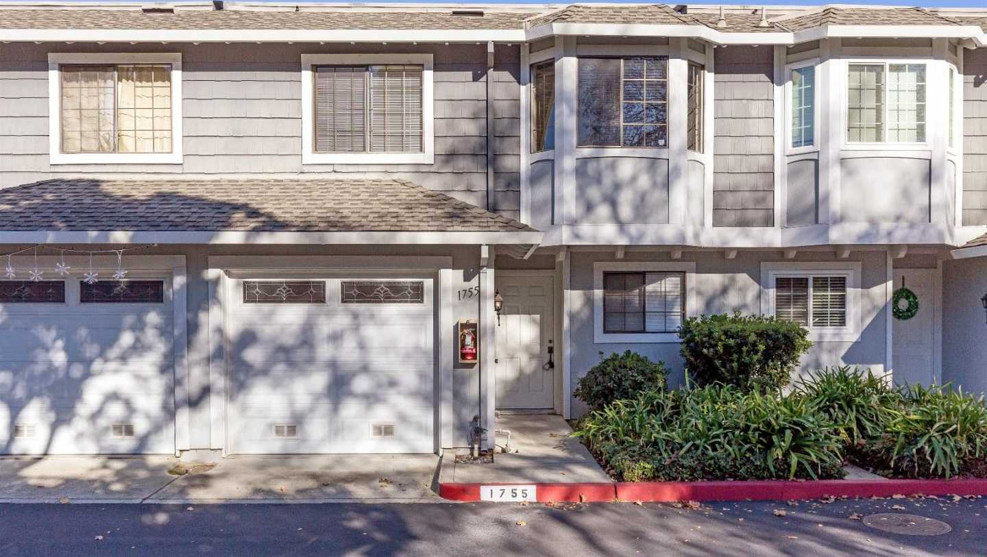 $899,000 - 3Br/3Ba -  for Sale in Campbell