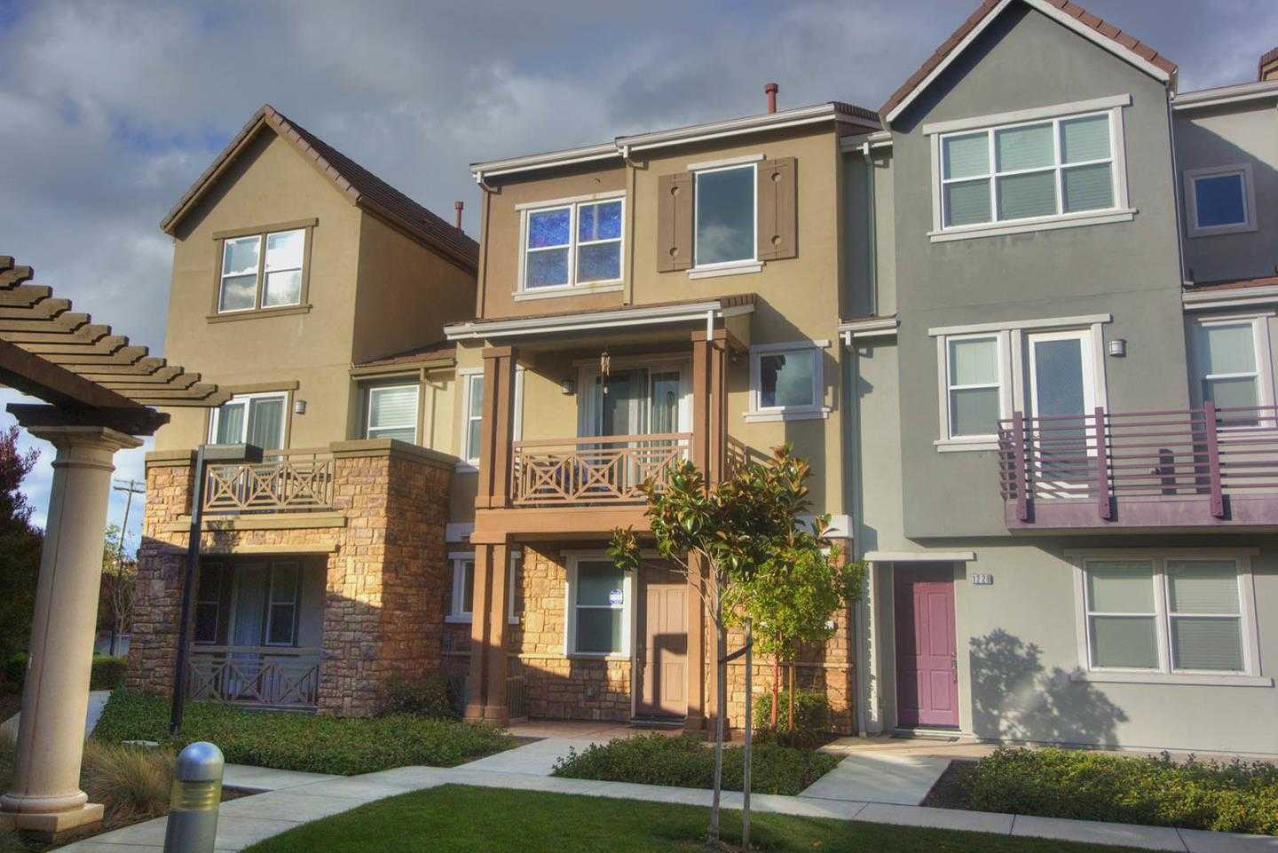 $1,499,888 - 4Br/3Ba -  for Sale in San Jose