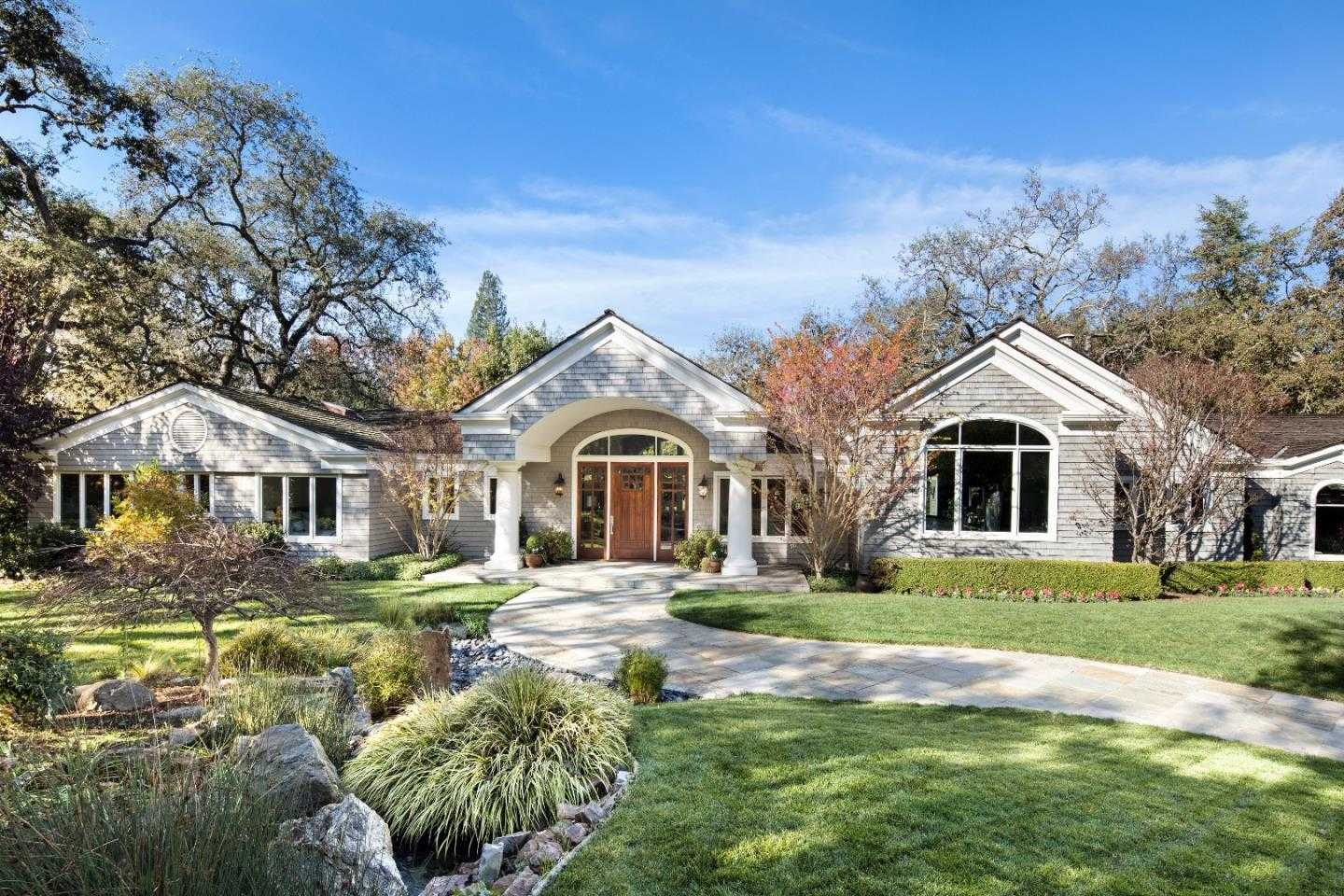 $9,100,000 - 5Br/6Ba -  for Sale in Atherton