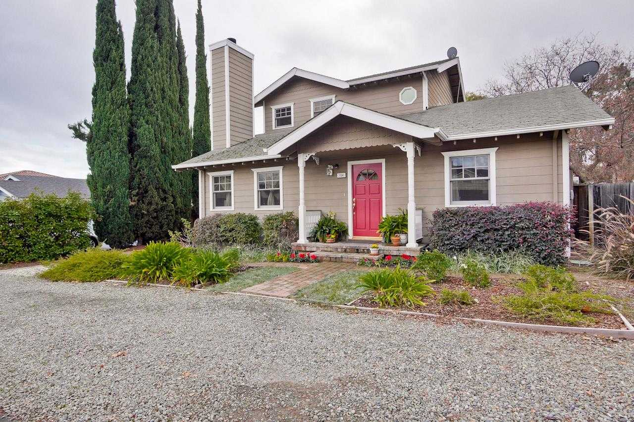 $1,950,000 - 4Br/2Ba -  for Sale in Cupertino