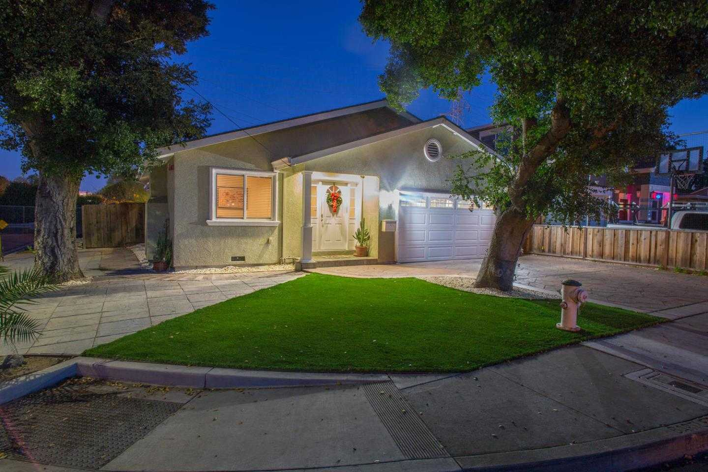 $1,699,888 - 3Br/2Ba -  for Sale in Sunnyvale