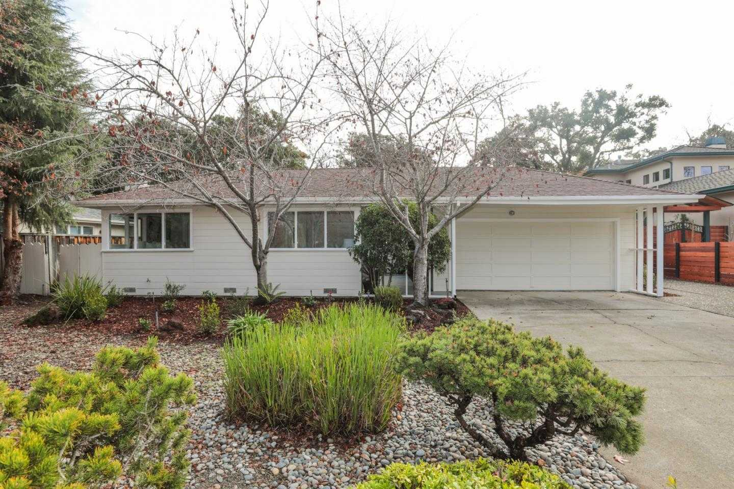 $2,985,000 - 3Br/3Ba -  for Sale in Palo Alto
