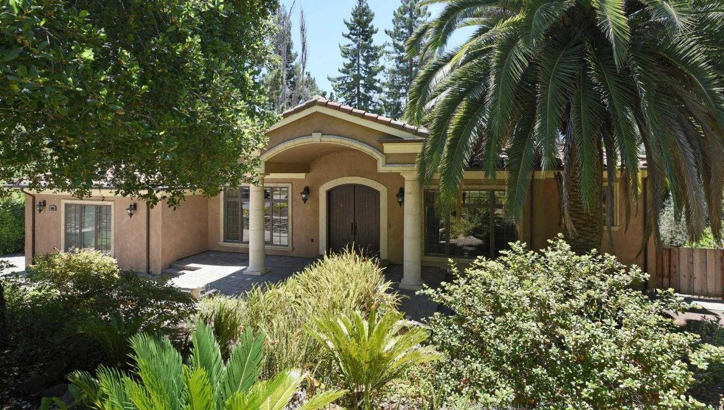 $4,895,000 - 4Br/4Ba -  for Sale in Menlo Park