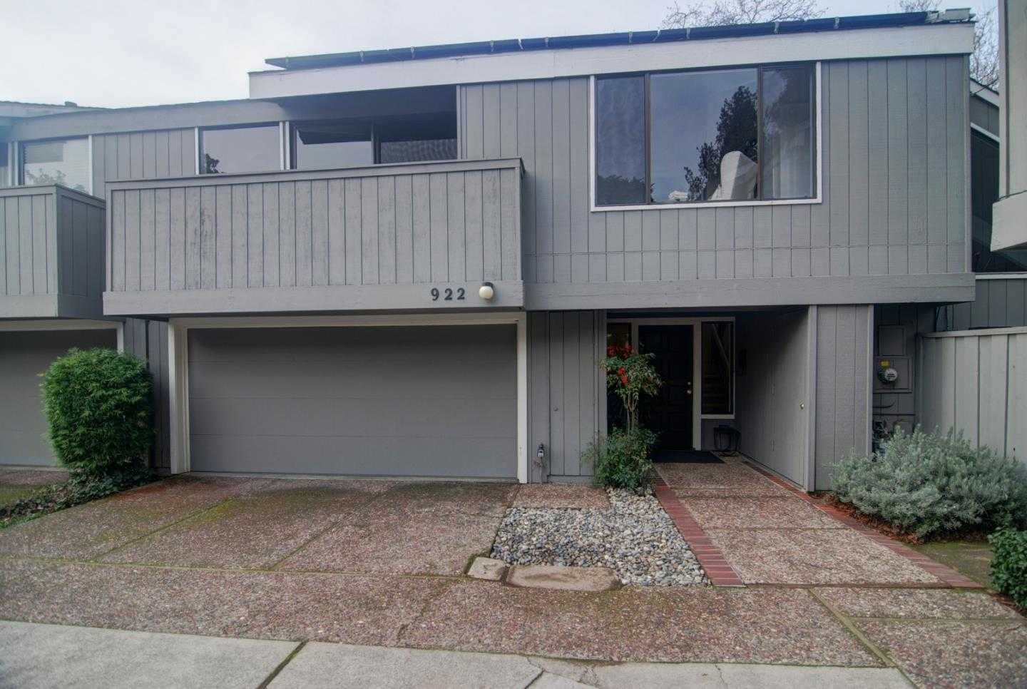 $1,775,000 - 2Br/3Ba -  for Sale in Menlo Park