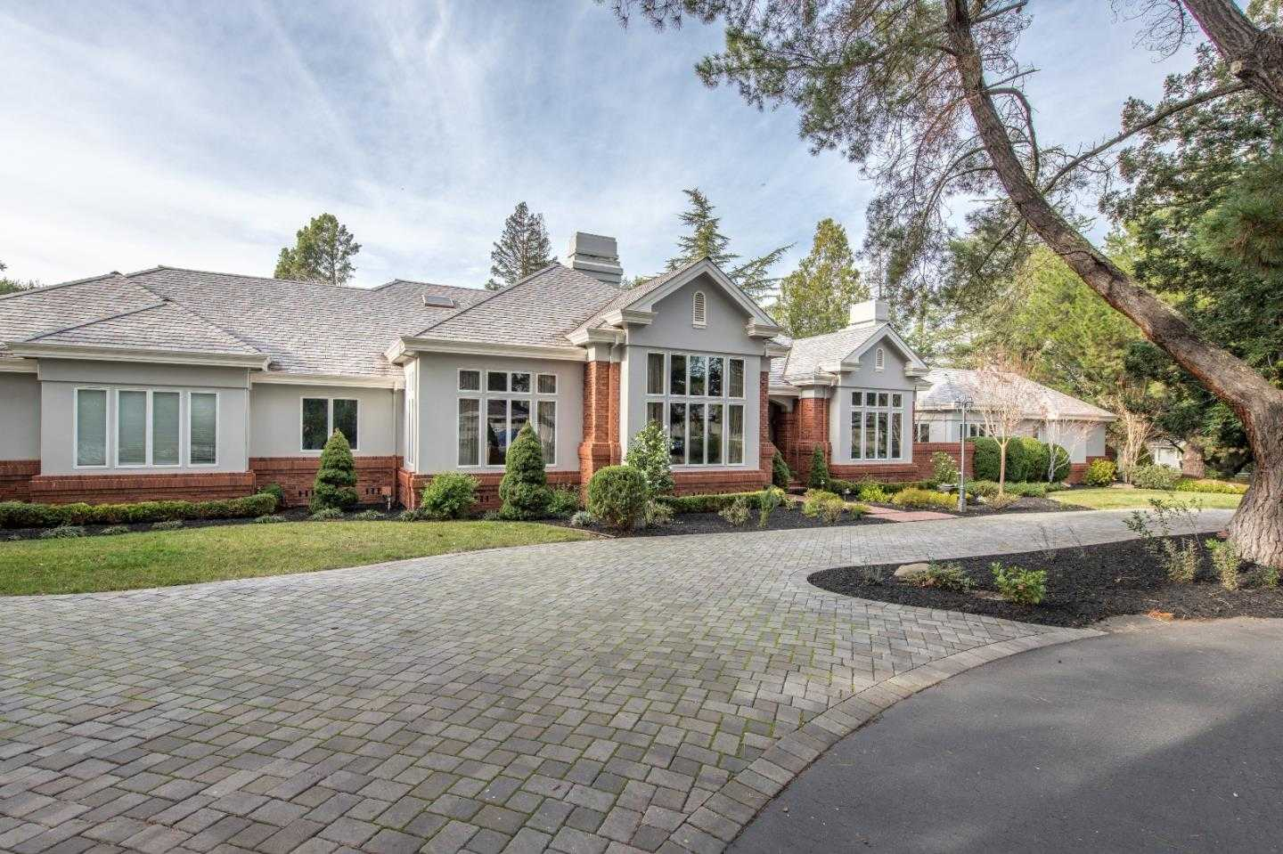 $5,688,000 - 6Br/7Ba -  for Sale in Saratoga