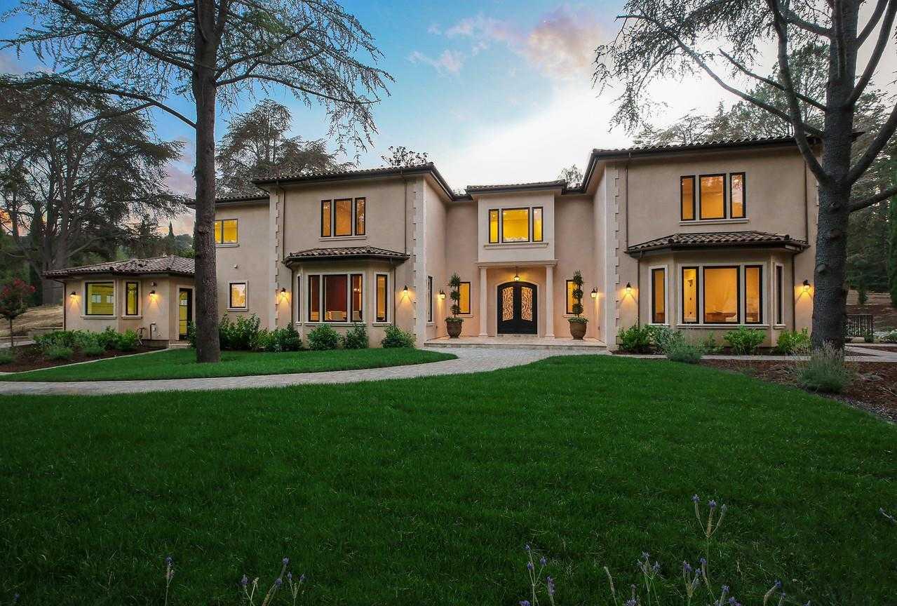 $9,750,000 - 6Br/8Ba -  for Sale in Los Altos Hills